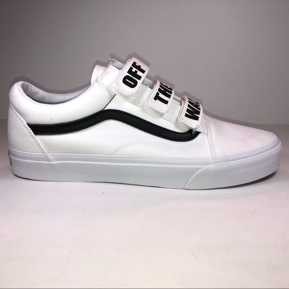 ca8b756a4bf Vans Old Skool V Off The Wall True White Sneakers